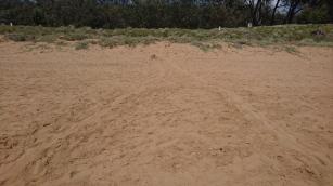 A droite la trace de la montée, à gauche le retour vers la mer - Mon Repos