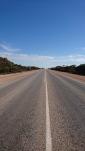 Pour se tromper de route, faut le faire... Australian longest straight road, WA
