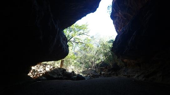 La sortie de la grotte en forme de tunnel, Tunnel Creek, WA