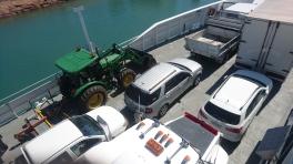 Magnetic Island ferry. Viens avec le véhicule que tu as.