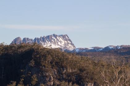 La vue quotidienne depuis le sanctuaire (les jours sans nuages / brouillard / pluie). Cradle Mountain Lake St Clair National Park